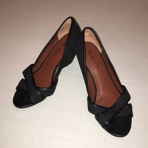 ELIZABETH AND JAMES WEDGE - Canvas Black Sz 7.5b